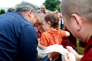 Dungse Rinpoche greets HE Dzigar Kongtrul Rinpoche.