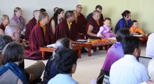 Dungse Rinpoche, Jetsün Rinpoche,  Jetsün Khandro Rinpoche, Minling Jetsün Dechen Paldrön, Kunda Britton Bosarge along with monks and nuns attend the final teaching of HE Dzigar Kongtrul Rinpoche.