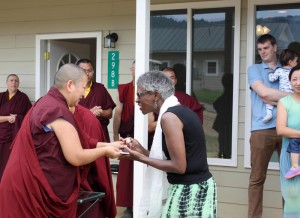 HE Jetsun Khandro Rinpoche presents Evelyn Cannon with the keys to her room