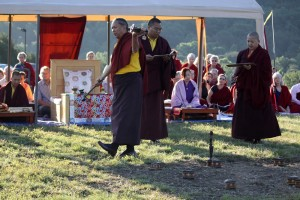HE HE Dzigar Kongtrul Rinpoche, HE Jetsün Khandro Rinpoche and Ven. Acarya Namdrol Gyatso during the land blessing  ceremony.