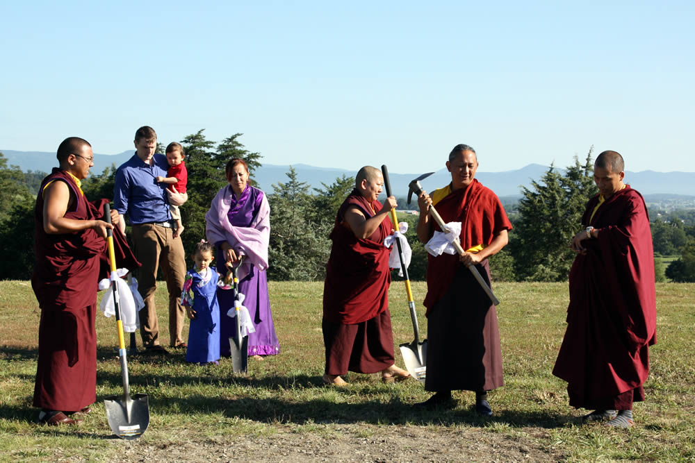 His Eminence Dzigar Kongtrul Rinpoche, Her Eminence Jetsün Khandro Rinpoche with Mindrolling family members at the ground-breaking for the temple, July 2015