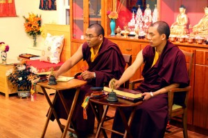Ven. Acarya Namdrol Gyatso and Ven. Thrinley Gyaltsen teaching students during the Mindrol Lekshey Program.