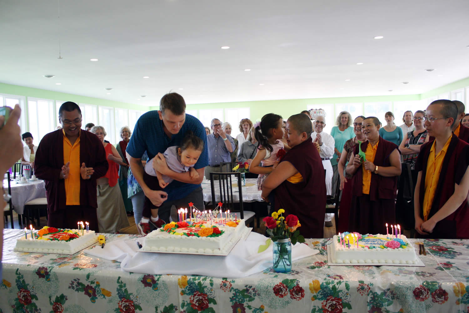 Dungse Rinpoche celebrates his birthday with the sangha.