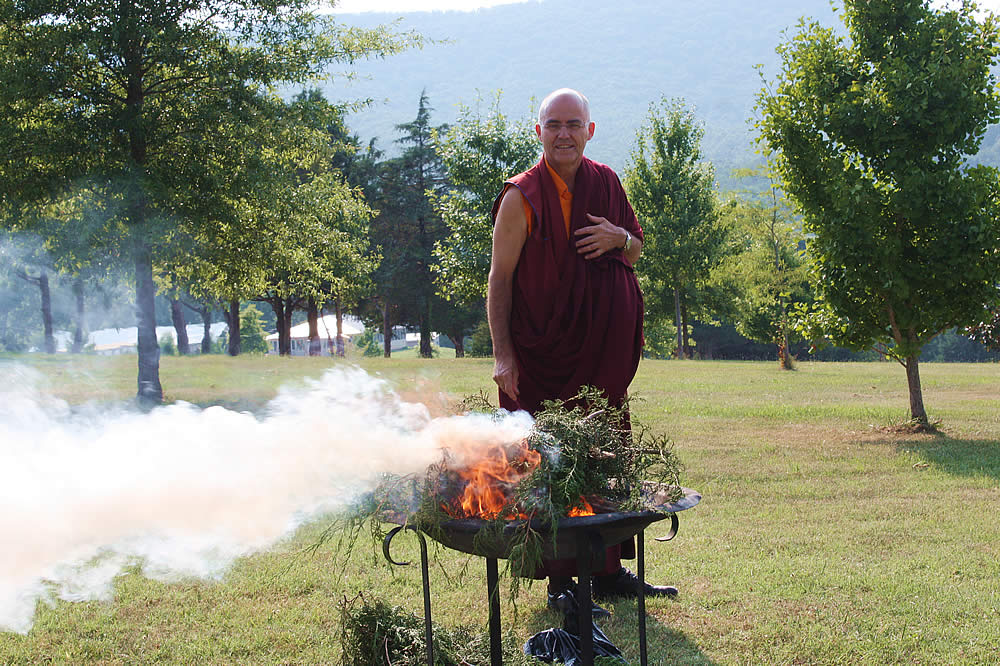 In preparation for the arrival of His Eminence Dzigar Kongtrul Rinpoche