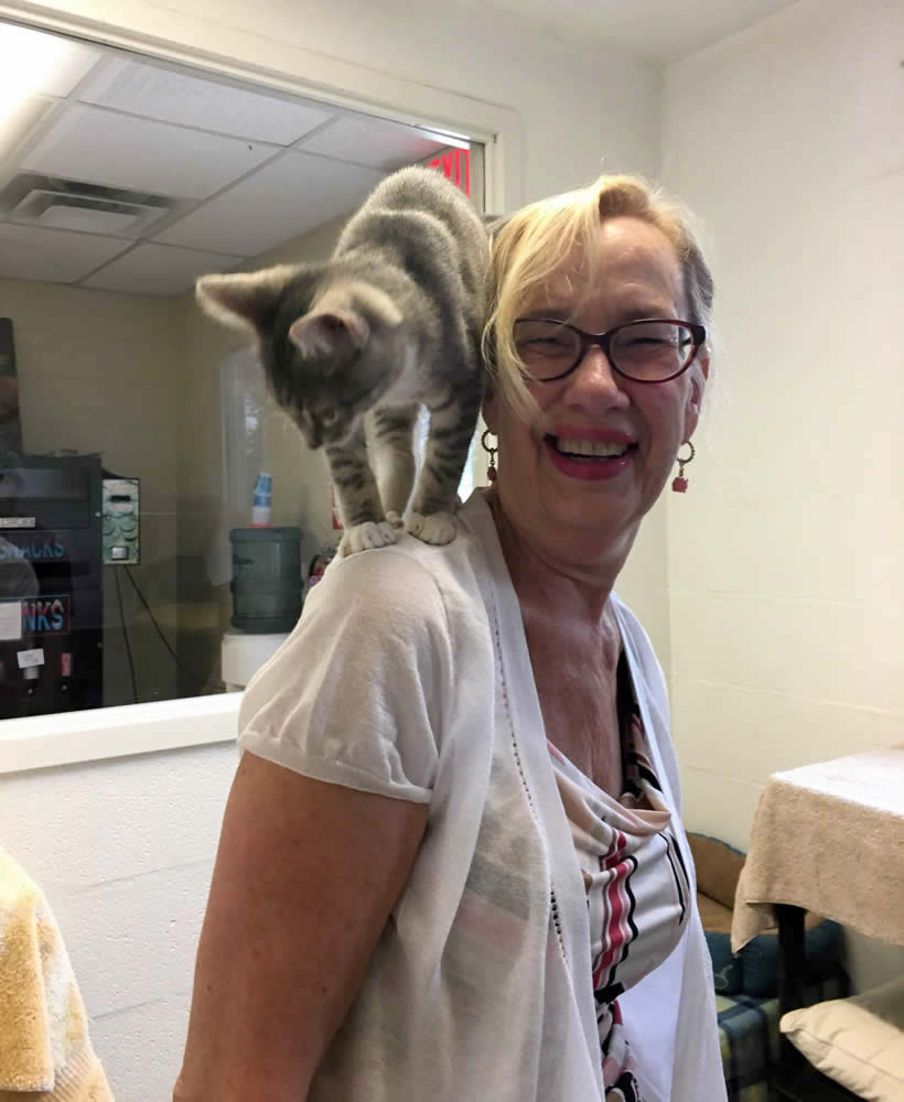 Lopön Barbara Ryan and friend at the Page County Animal Shelter during the visit to make the annual donation.