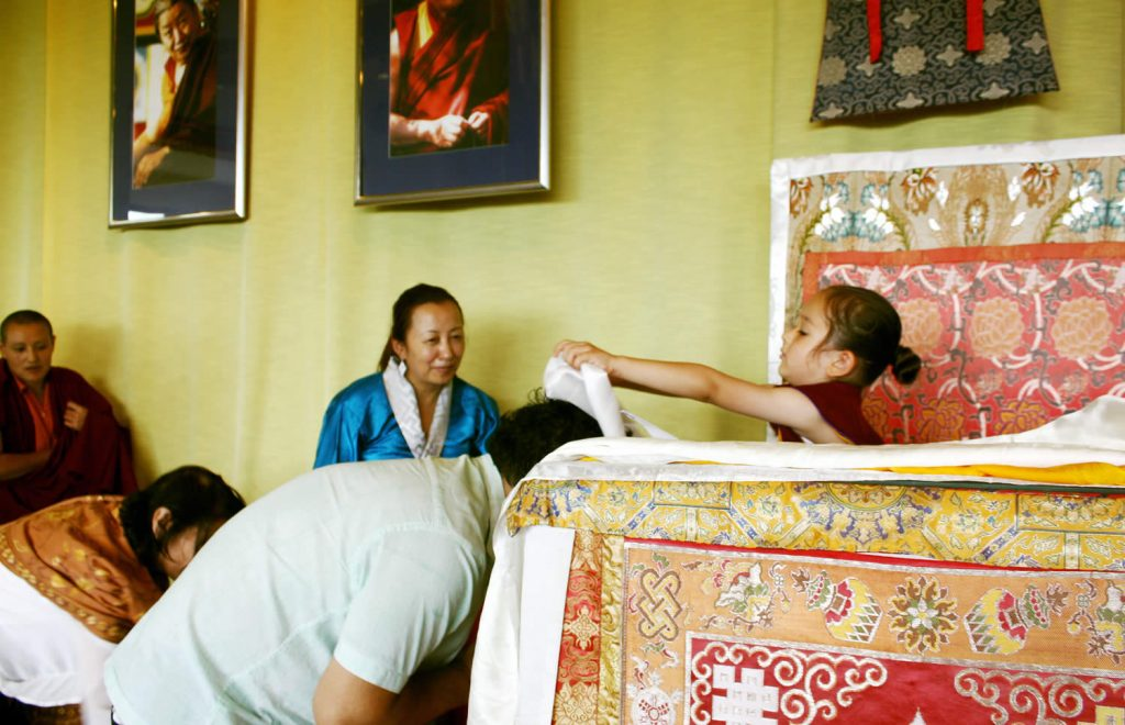 Offering khatags to Dungse Rinpoche