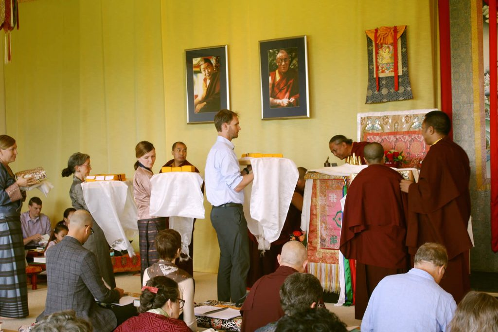 Offerings and gifts are made to H.E. Dzigar Kongtrul Rinpoche at the conclusion of his teachings