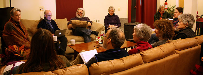 Lopön Jann Jackson with participants of a week-end program