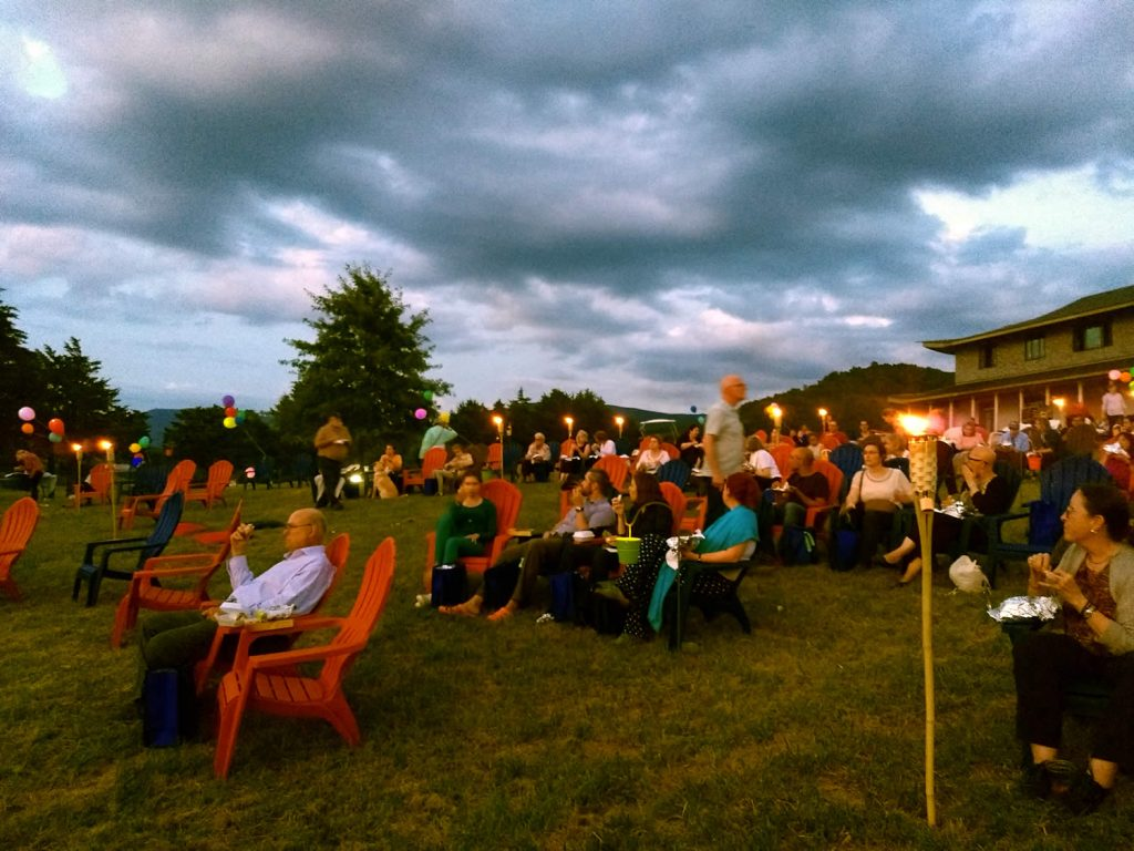 Hillside picnic in celebration of Dungse Rinpoche's birthday