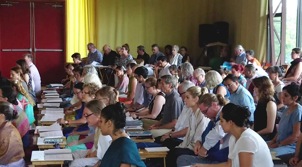 Students during The Natural Ease teachings